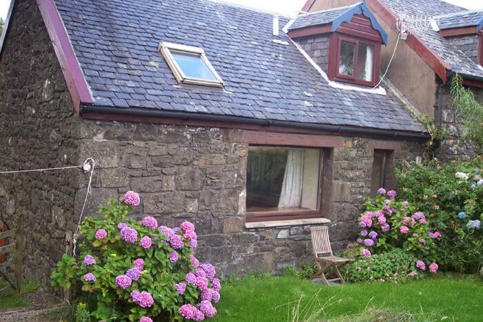 The Byre - Open fire cottages West Coast of Scotland